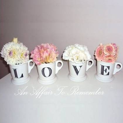 """LOVE"" Letter Mugs Set"